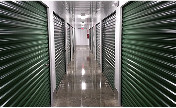 Safeguard Storage of Wisconsin | Inside/Indoor Climate-Controlled Facility | Hallway 01