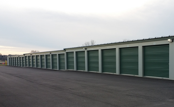 Safeguard Storage of Wisconsin | HUGE Storage Facilities w/ Climate Controlled Storage Units | 01